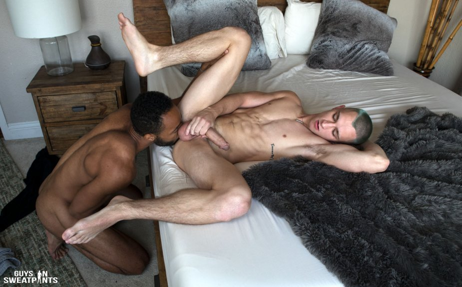 Rooney Marx Pounds Theo Brady - Raw - Guys In Sweatpants  Bananaguide-3121